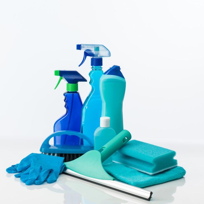 blue-cleaning-tools